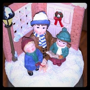 Holiday Caroling Candle Topper